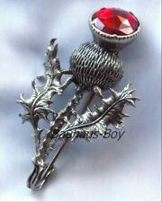 Solido peltro Kilt PIN Highland cardo in Ecopelle Rosso Rubino Set Pietra con miracolo Kilt