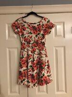 Women's Sundress Size medium, NWT