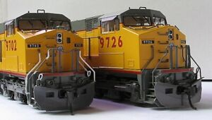KATO HO Union Pacific C44-9W UP DASH 9 #9702 & #9726 Pair