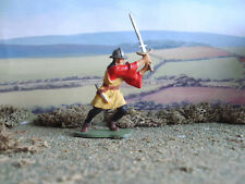Vintage Medieval Airfix English man at arms with sword  1:32 painted
