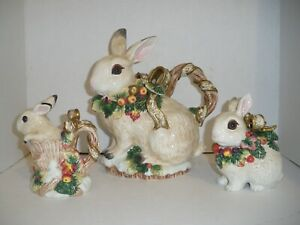 Fitz & Floyd Classics Bunny Rabbit Teapot Sugar Creamer with Glass Eyes