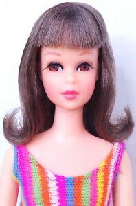 STUNNING Vintage Brunette Twist 'N Turn Francie Doll MINT
