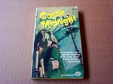 Castle Midnight by Evelyn McKenna (1966 PB) Easy Eye Larger Type Print