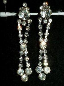 True Vintage huge sparkly glass rhinestone dangle clip earrings 1950s 8cm long