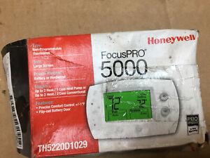 New Honeywell Focus Pro 5000 TH5220D1029 Thermostat
