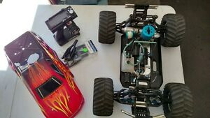 Vintage Team Associated MGT Monster Truck 4x4 w/remote RTR Sweet Condition