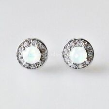 Markenloser Echtschmuck mit Opal-Hauptstein und Cabochon-Schliffform für Damen