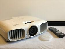 Epson EH-TW5900 Beamer Full HD 3D 1080p 1920 x 1080  20.000:1 Projektor 2000 Ans