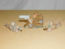VINTAGE TOY  3 HAND CARVED WWI MILITARY MACHINE GUN SOLDIERS FIGURES