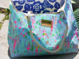 """LILLY PULITZER SAND BAR BLUE """"POP"""" BEACH BAG TOTE NWT MOST IN PLASTIC WRAP"""