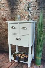 Möbel im Shabby-Stil aus Holz