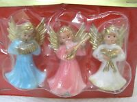 Vintage Christmas 3 Angels MIP  2 Inches Pink White Blue Fibre Craft T9