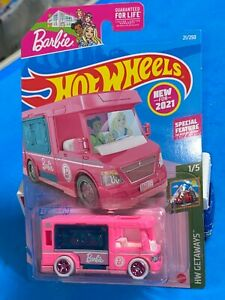 HOT WHEELS CUSTOM 2021 SUPER TREASURE HUNT BARBIE DREAM CAMPER REAL/R WHITE PINK