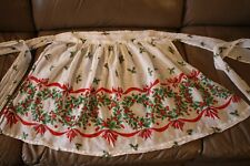 VINTAGE Christmas Apron Sheer Holly, Wreaths and Ribbon Pattern
