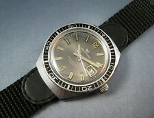 Vintage Waltham Diver Style Mens  Calendar Date Watch Hand Wind 17J 1960s