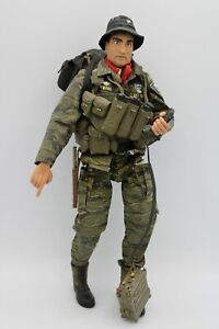 21st Century Toys Vietnam US Special Forces Mike Force Action Figure 1/6 Scale