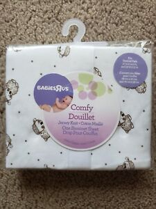 Babies R Us Comfy Douillet Jersey Knit Cradle Sheet/White w/Lamb-Sheep