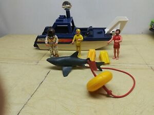 Fisher Price Adventure People Sea Shark Patrol Rescue Boat w/ Shark #334 1980