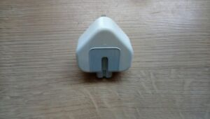 USB adapter Charger 3 Pin Uk Main Plug For Apple Laptops/PC - 061