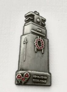 COLLECTABLE MILITARY SOLDIER CENOTAPH LAPEL REMEMBRANCE PIN BADGE