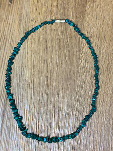 Pretty Vintage Malachite Chip Necklace