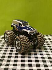 Hot Wheels Monster Jam 1:64 Grave Digger The Legend Mud Tires Monster Truck
