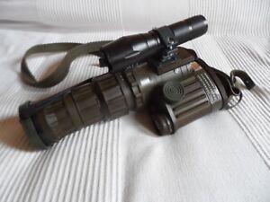 Bundeswehr BW Fero 51 BW Nachtsichtgerät mit IR Infrarot Taschenlampe