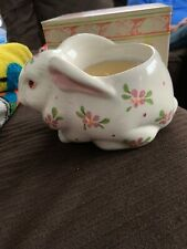 Avon Vintage Easter Bunny Ceramic Planter Perfumed Candle Holder W / Box