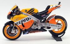 Altri modellini statici di veicoli arancione pressofuso per Honda