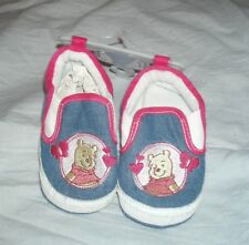 baskets neuves fille winnie l'ourson taille  9-12 mois ,