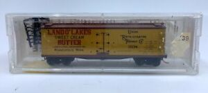 Micro-Trains 49470 N URTC (Land O' Lakes) 40' Dbl. Sheathed-Wood Reefer LN/Box