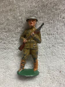 Vintage Barclay Manoil Toy Soldier In Silver Helmet With Gun
