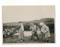1920s young girl children portrait people fashion german antique photo