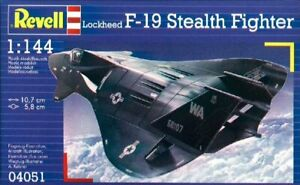 Revell 04051 Lockheed F-19 Stealth Fighter 1/144 scale plastic model aircraft