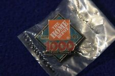 HOME DEPOT 1000 stores EMPLOYEE LAPEL PIN PINBACK BUTTON 1979-2000 orange