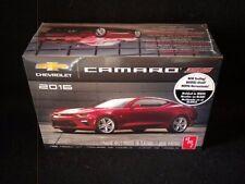 AMT 2016 Chevrolet Camaro 1/25 Kit