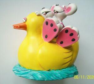 Diddl Spardose Päarchen auf Ente mit Schlüssel ca.11 cm hoch Kunstharz !!
