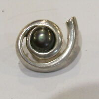 Vintage SHUBE $ Sterling Silver Pendant Tahitian Pearl Cabochon
