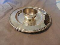Vintage International Silver Round Serving Platter with Dip Bowl (M)