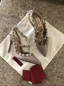 New Valentino Garavani Rockstud Caged Beige Leather Heel Sandals Size 38