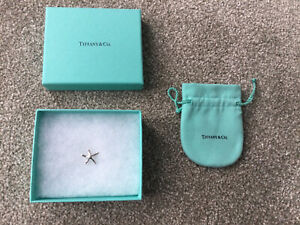 Tiffany & Co Elsa Peretti Silver Starfish Charm. With Iconic Blue Pouch and Box