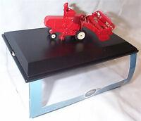 Combine Harvester Red / Cream 1-76 Scale Mib 76CHV001