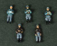 1/144 WWII German Air Force Luftwaffe Pilot & Ground Crew 5 Figures Diecast Set