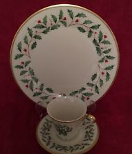 LENOX HOLIDAY DIMENSION COLLECTION DINNER PLATE, CUP AND SAUCER SET #19685