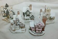 Lot Of 5 David Winter Christmas Ornament cottages Suffolk House Christmas Carol