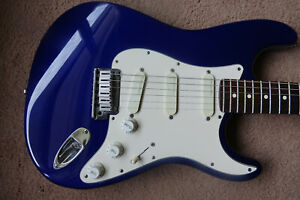 1994 Fender Stratocaster Plus in Midnight Blue With Original Hard Case Excellent