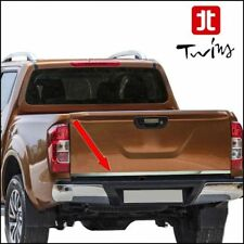 Striscia cromata portellone Nissan Navara D23 listello profilo acciaio cromato