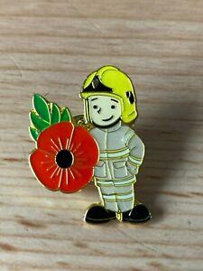 Fireman Firelady Fire officer Pin Badge