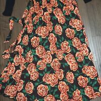 LULAROE DEANNE WRAP PLEATED SKIRT  BLACK BASE ROSES FLORAL FLOWERS SMALL NWT S