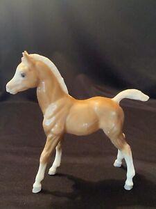 Vintage Breyer Horse Colt Foal Glossy Palamino Arabian Model Figure